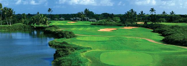 景観を楽しみながらプレーできる、オアフ島屈指のゴルフコース
