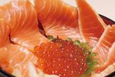 居酒屋大漁 サーモンイクラの親子丼